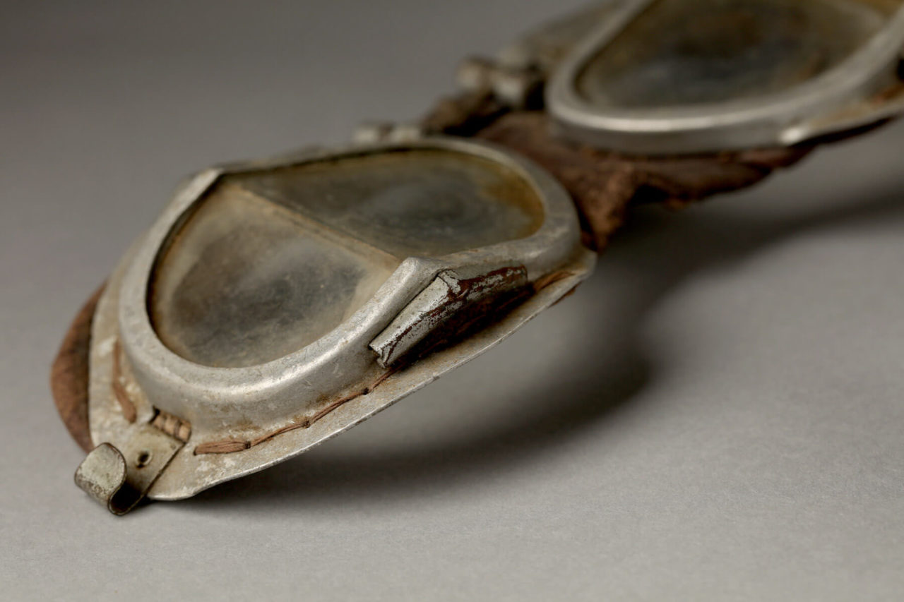 dorset-museum-objects-Spitfire-goggles
